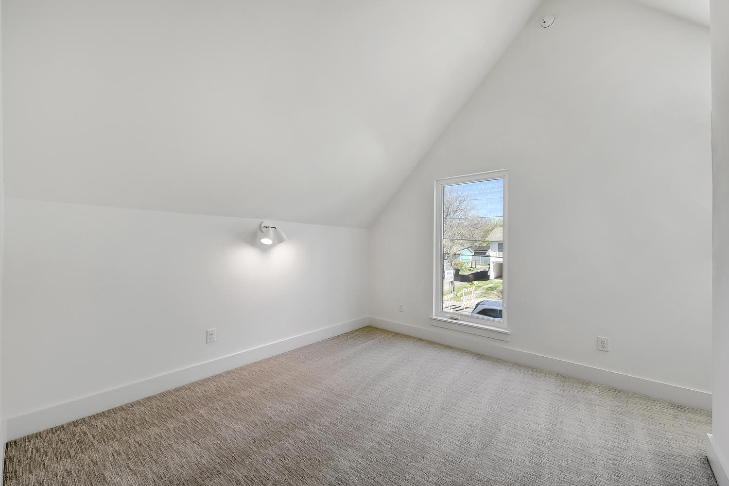 505 E 50th St Unit A-large-018-17-Other Beds and Baths and-1500x1000-72dpi