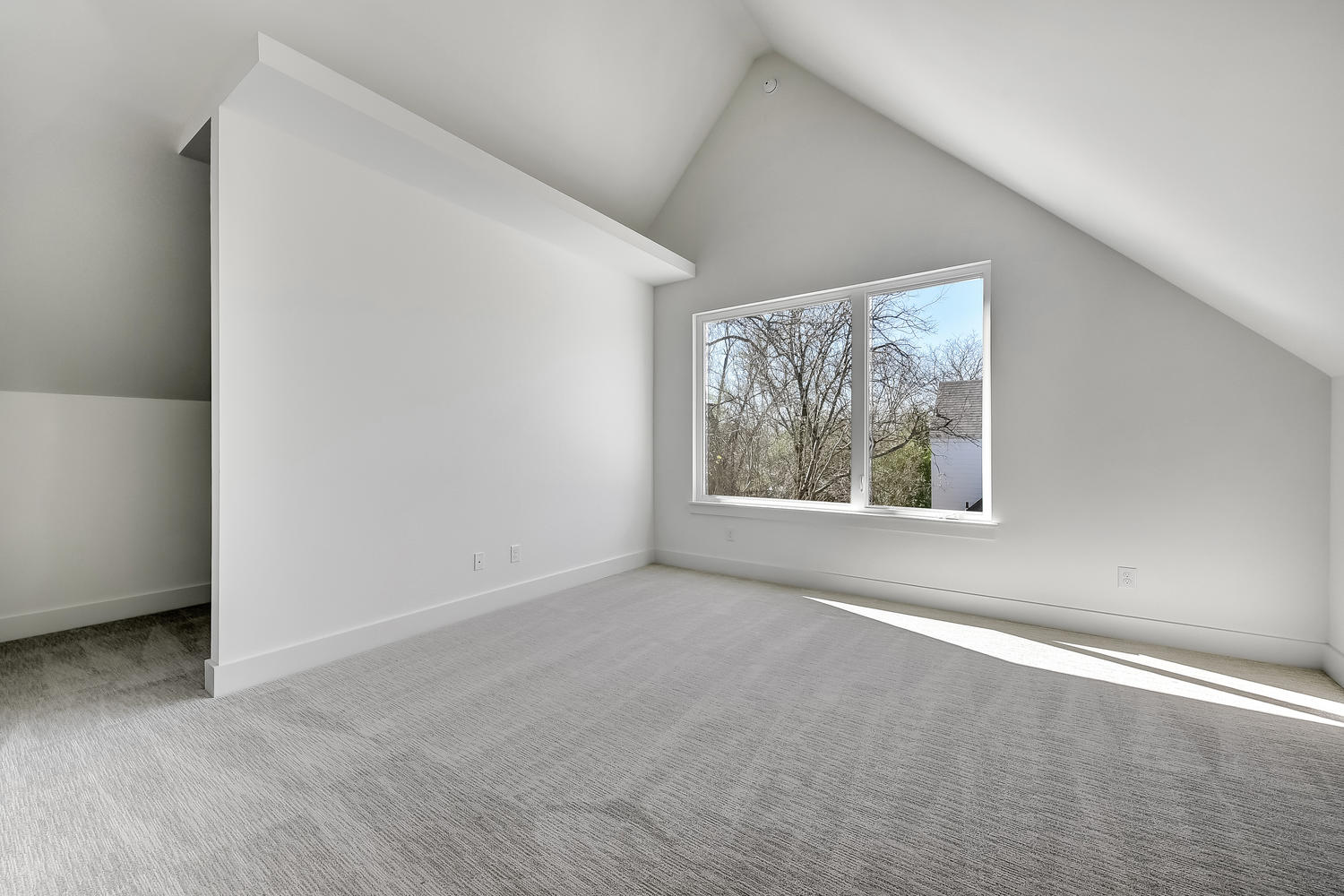 505 E 50th St Unit A-large-021-5-Other Beds and Baths and-1500x1000-72dpi